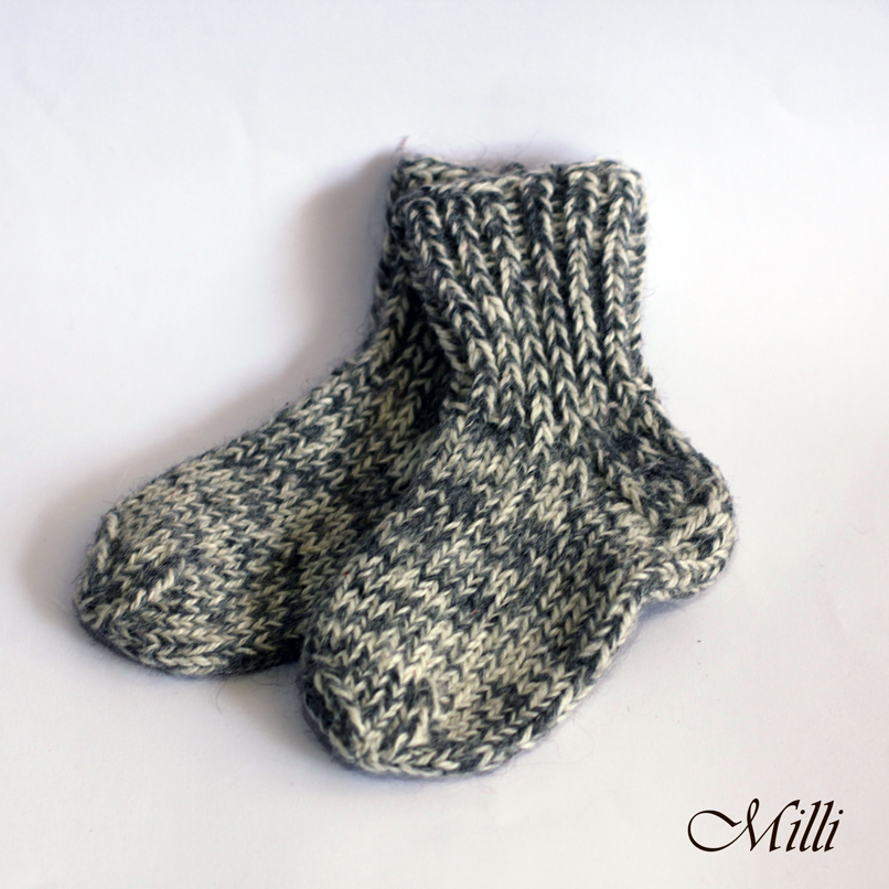 Knitted warm baby socks, 14,5cm length