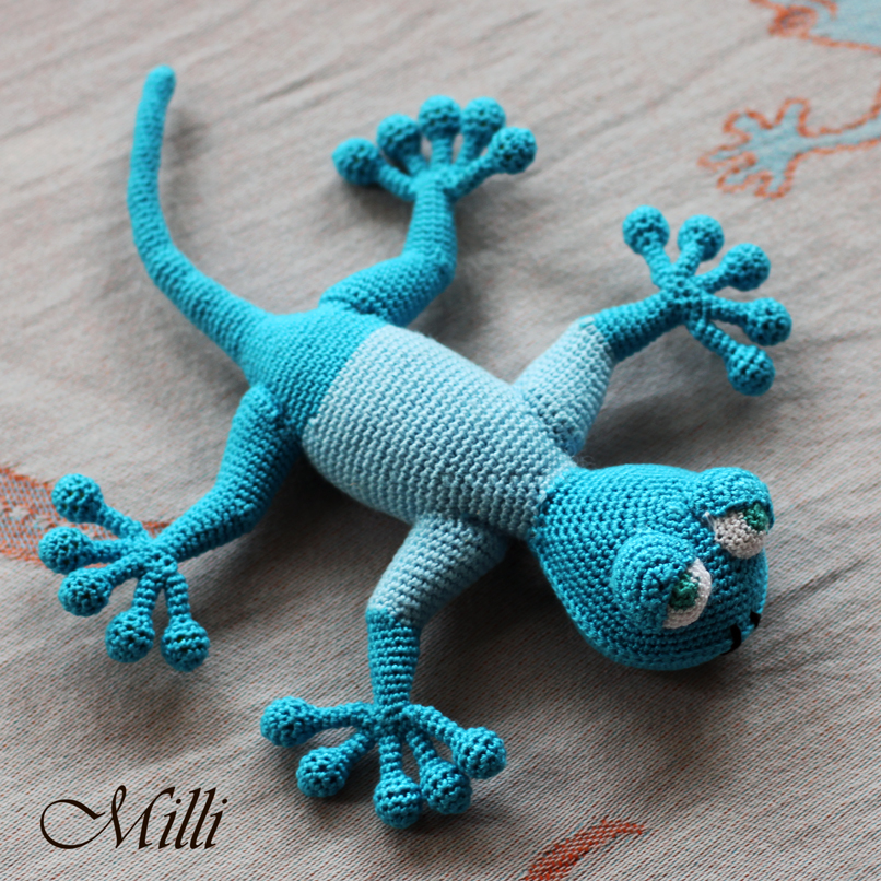 Gecko in sweater by Milli